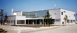 氷見水産センター外観